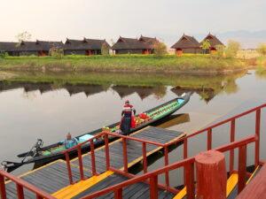 bat-pristine-lotus-resort-inle-lake