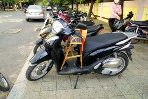 scooterbarnstol-vietnam