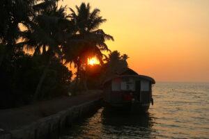 solnedgang-backwaters-kerala