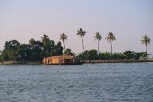 lagunen-backwaters-kerala